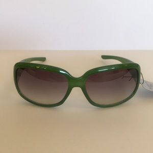 Accessories - ☀️FUNKY GREEN SUNGLASSES! NWT☀️
